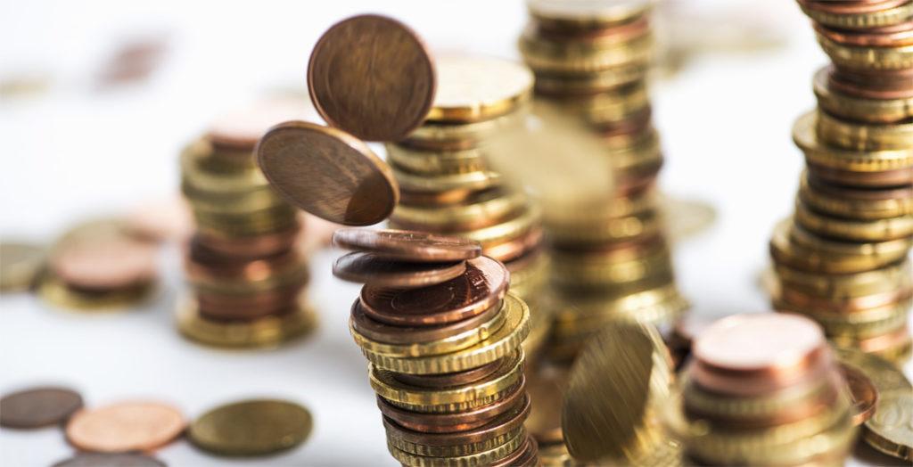 Stapel mit Geldmünzen