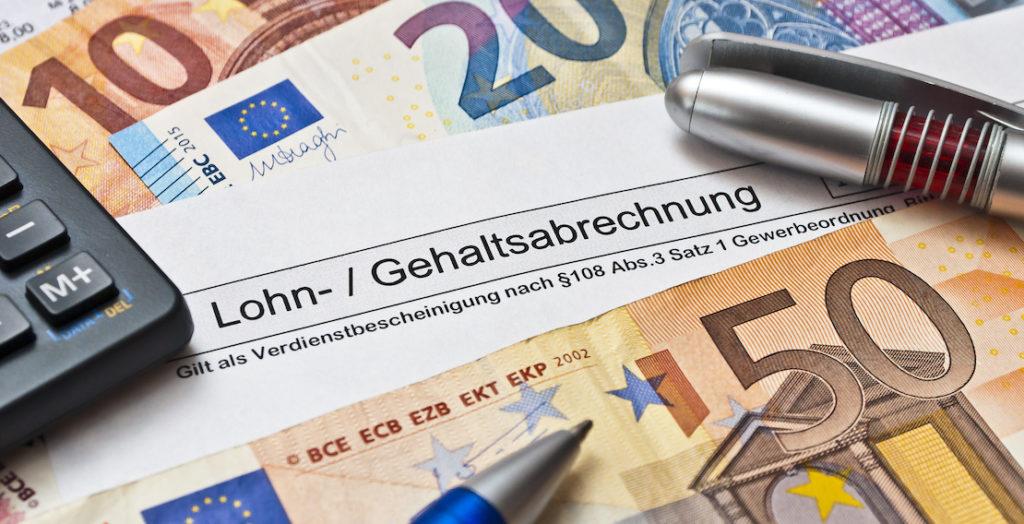 Lohn- und Gehaltsabrechnung mit Bargeld