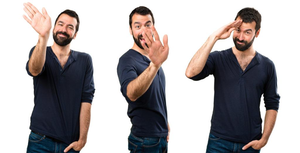 Mann winkt auf drei verschiedene Arten